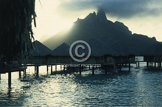 CD 006-Sunsets