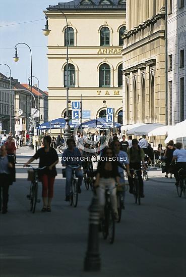 CD 010-München 1